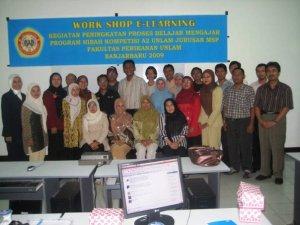 Foto Bersama Peserta Pelatihan E-Learning