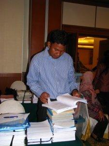 Memeriksa RPP Produk Guru